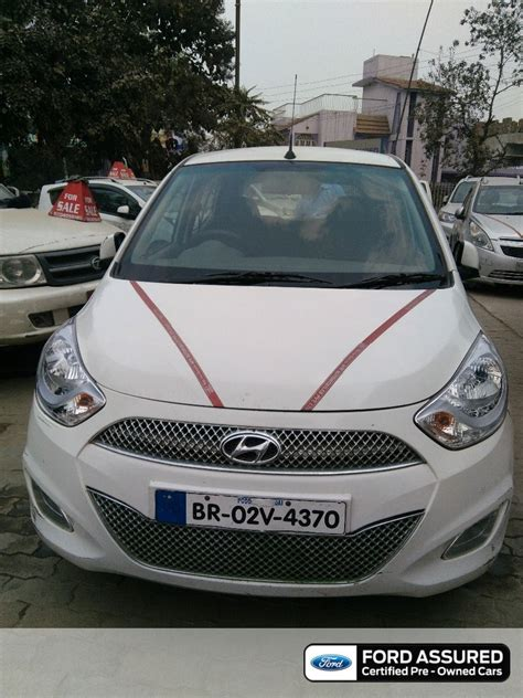hyundai i10 review mileage hyundai grand i10 amt price specs review pics mileage