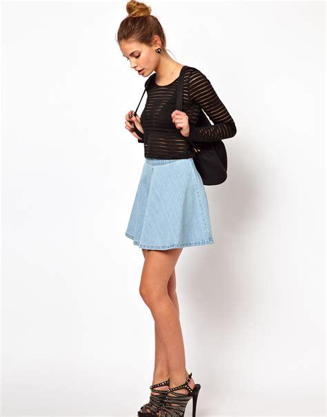 Rok Skirt Denim Circle by Glamorous Circle Skirt In Light Wash Denim In Blue Lyst
