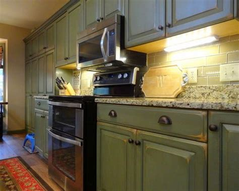 olive green kitchen cabinets best 20 green kitchen cabinets ideas on green