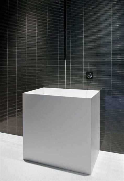 Contemporary House Design the glass pavilion an ultramodern house by steve hermann