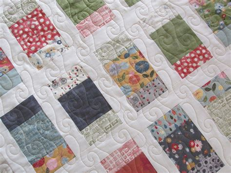 Mon Ami Quilt Pattern by Raindrops Faust Quilts