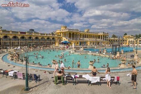 bagni széchenyi budapest bagni sz 233 chenyi budapest cosa vedere guida alla visita