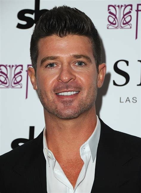 robin hecke robin thicke s is to go to the club