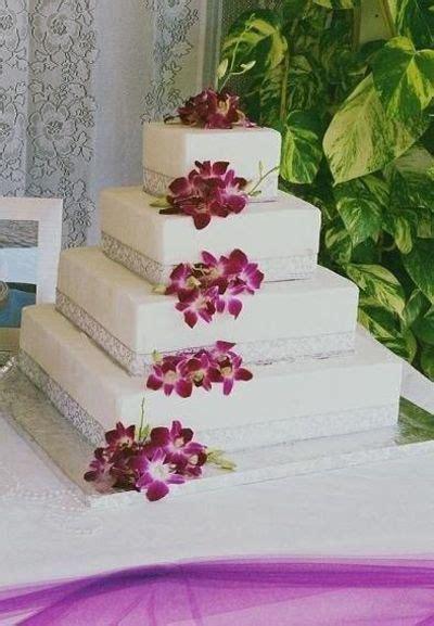 burgundysilver cake wedding cakes juxtapost