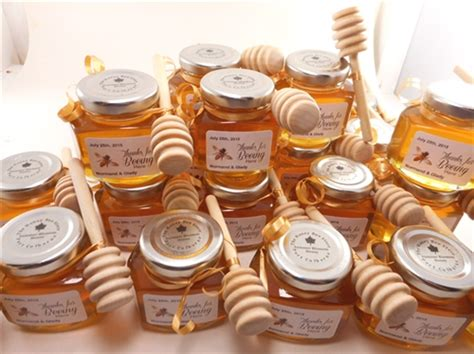 bridal shower supplies canada canadian wedding special ocassion favours honey and maple syrup the honey bee store ontario