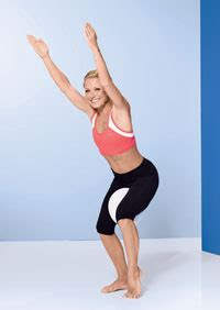 how does kelly ripa get the bends in her hair kelly ripa workout routines get the in shape body that