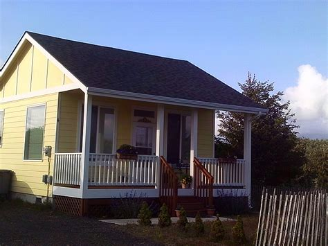 small cottages for sale coastal cottage in washington state