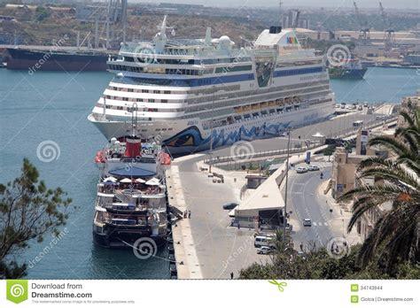 porto la valletta malta porto di la valletta malta immagine stock editoriale