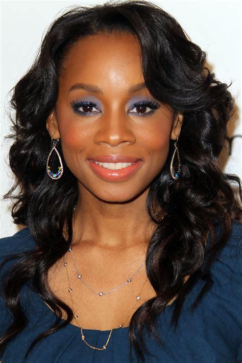 hollywood beautiful black actress anika noni rose in 4th annual essence black women in