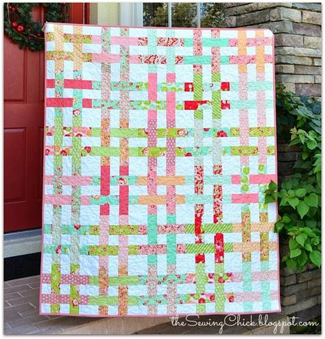quilt pattern jelly roll and layer cake 1000 images about quilting on pinterest triangle quilts