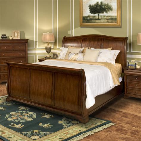 California King Sleigh Bedroom Set by New Classic Whitley Court California King Sleigh Panel Bed