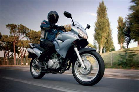 Motorrad 125ccm Enduro Test by Honda Varadero 125 Im Test Motorrad Tests Motorrad