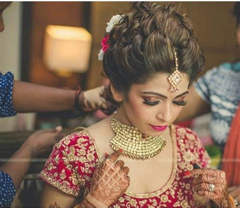 Indian Wedding Hairstyles For Thin Hair by Best 25 Indian Bridal Hairstyles Ideas On