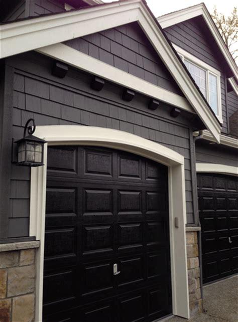 exterior corners    painted trim  siding