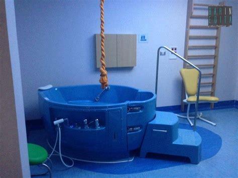 vasca parto in acqua partorire in acqua a bari ci sono sala e vasca ma non