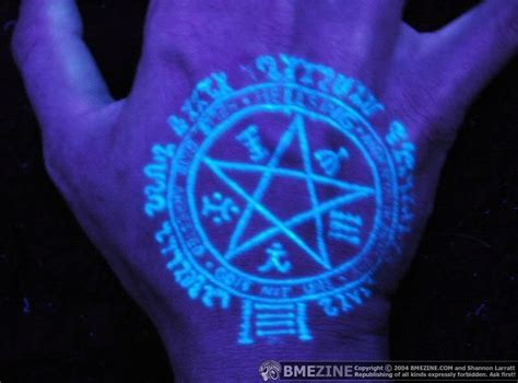 ultraviolet tattoos black light pentagram on the palm tattooimages biz