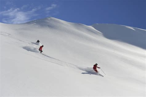 sulla neve i migliori resort sulla neve per sciare in italia club