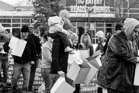 Middlebury Food Pantry by Beeson Food Drop 2013 Photos This Ll Take A Minute
