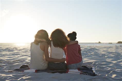 friend images 5 ways to make new friends as an because it s