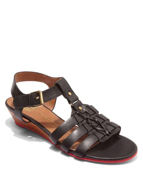 dv dolce vita sandals dv by dolce vita faroe tstrap sandals in black leat lyst