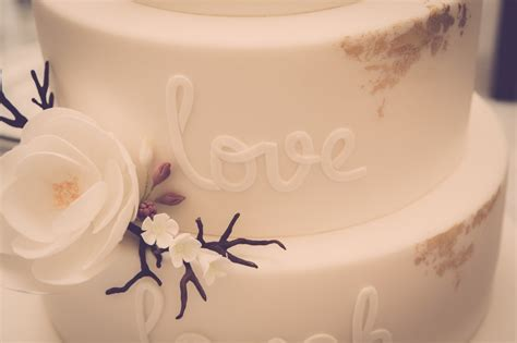 Wedding Cake Guide by The Ultimate Guide To Wedding Cakes Cakes