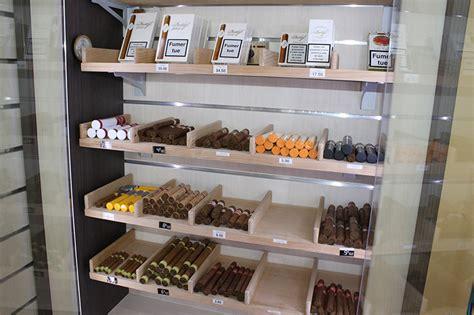 arredamenti per tabaccheria arredamento per tabacchi