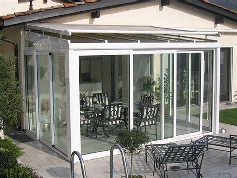 veranda in vetro prezzi oltre 25 fantastiche idee su copertura per veranda su