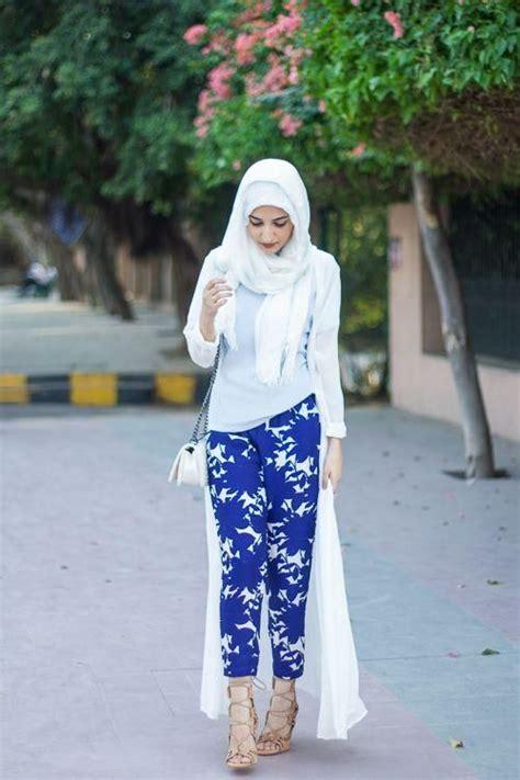 Trend Busana Muslim Terbaru Untuk Usia Remaja