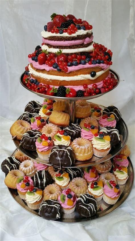 Hochzeitstorte Mit Cupcakes by Hochzeitsgeschenke Idee Basteln Alle Guten Ideen 252 Ber