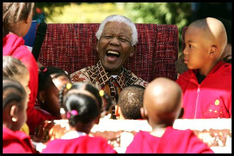 kid friendly biography of nelson mandela in memory of nelson mandela 1918 2013 ingpeaceproject com
