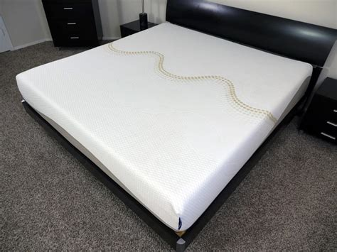 best bed reviews top 10 best mattress for side sleepers with hip pain