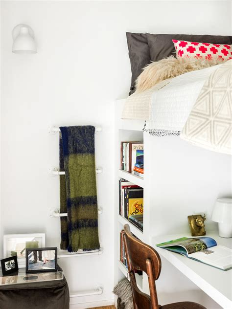 Decorating Ideas For A 1 Bedroom Loft Futon Bunk Bed Decorating Ideas For