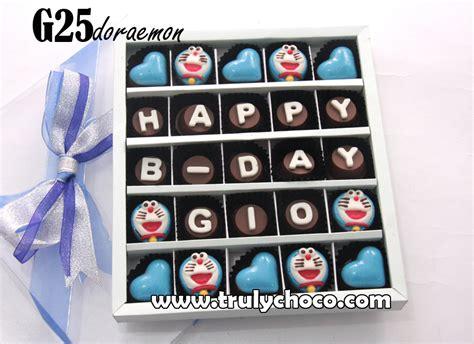 Coklat Kado hadiah ulang tahun tema doraemon trulychoco handmade