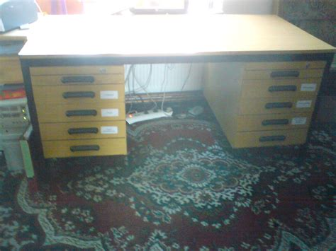 schreibtische büro günstig wohnzimmer wei 223 braun wand