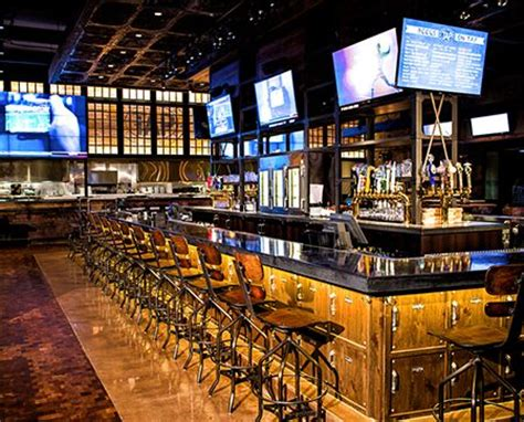 Top Sports Bars by Best 25 Sport Bar Design Ideas On Sports Bars