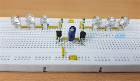 two way 12 led s running lights using 4017 and 555 astable led knight rider circuit led running light led chaser