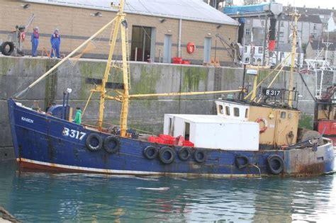 aquarius origine du bateau accrochage en mer entre sous marin et chalutier