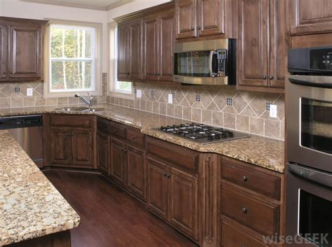 cleaning kitchen cabinets wood how do i clean kitchen cabinets with pictures