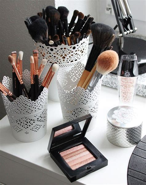 Makeup Vanity And Storage by 17 Best Ideas About Makeup Storage On Makeup Organization Makeup Rooms And Vanity Ideas