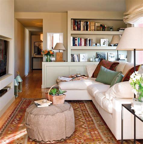 interiorismo decoracion salones pequenos built in wall color use living spaces