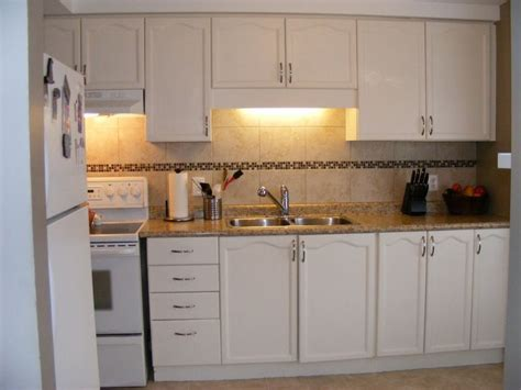 white laminate kitchen cabinets laminate countertops with white cabinets kitchen