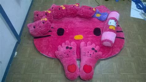 Karpet Karakter Set Bekasi jual karpet set karakter hello warna pink harga