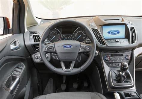 c max interni nuova ford c max dimensioni versioni e prova della