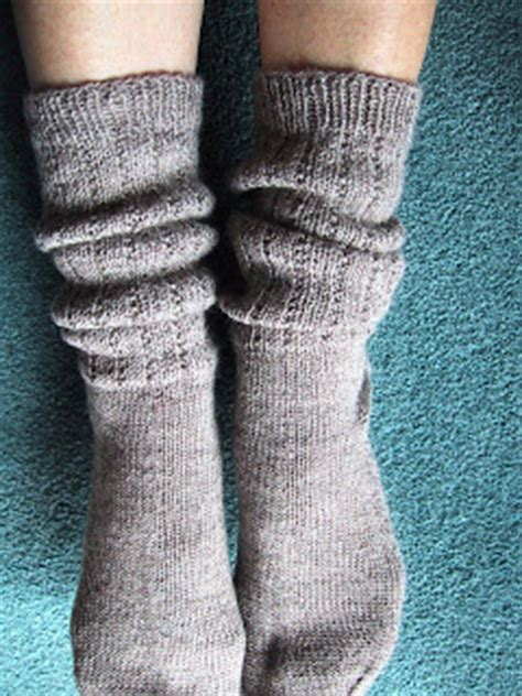 knitting pattern slouch socks from the back yard slouch boot socks