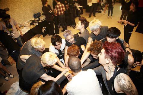 exo konser exo bakal gelar konser di asia termasuk jakarta kabar