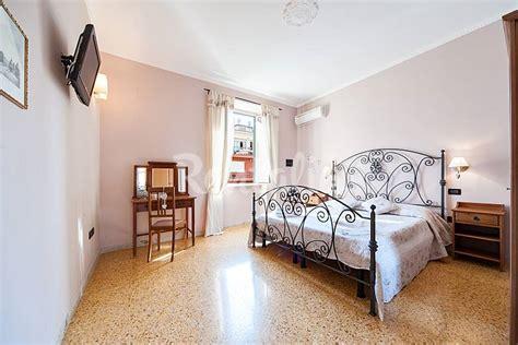 descargar habitacion en roma habitacion en roma online ingles subtitulada