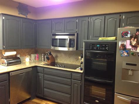what kind of paint on kitchen cabinets type of paint for cabinets manicinthecity