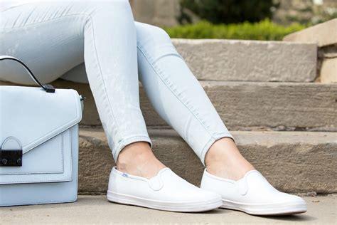 Sepatu Cross Shift ingin hemat belanja sepatu cukup punya 8 jenis essentials