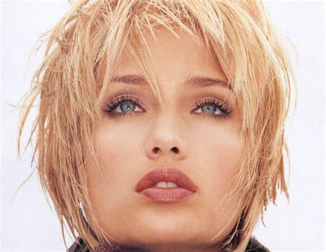 short hairstyles for women with turkey neck layered haircuts from the 80s hairstyle gallery