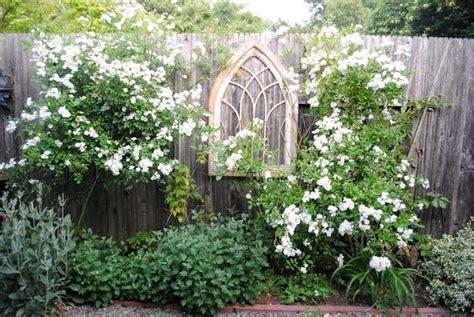 Garden Focal Point Ideas Focal Point Fence To Garden Pinterest